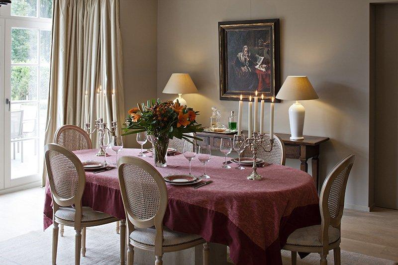 Klassieke eetkamer ontworpen door b+villas