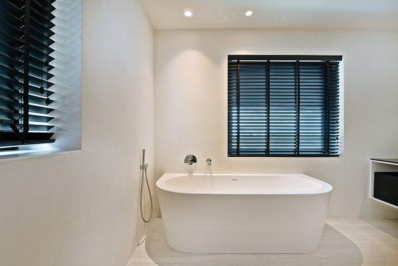 exclusieve raamdecoratie, jasno, badkamer
