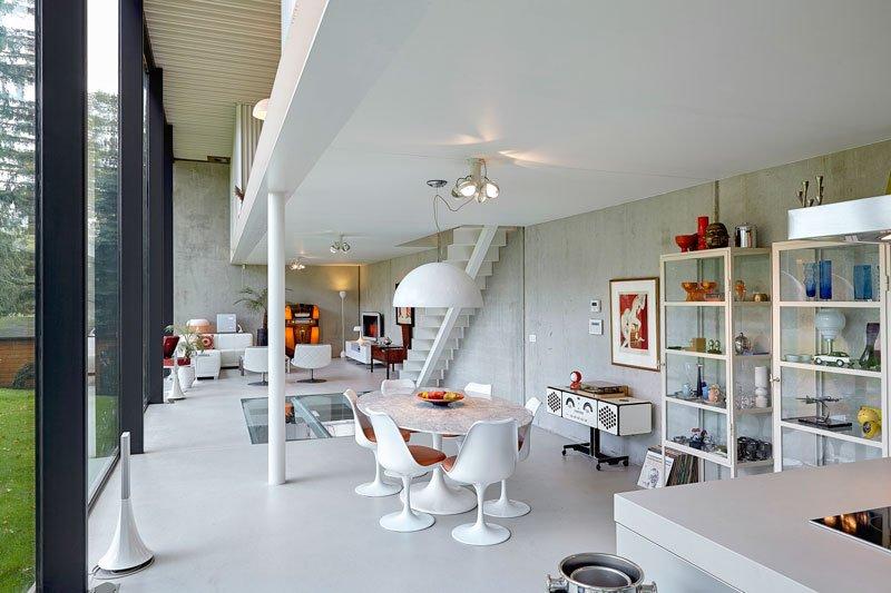 Moderne villa, Icoon BE, bang en olufsen, speakers, exclusieve speakers, luxe geluidsinstallatie, televisie, the art of living