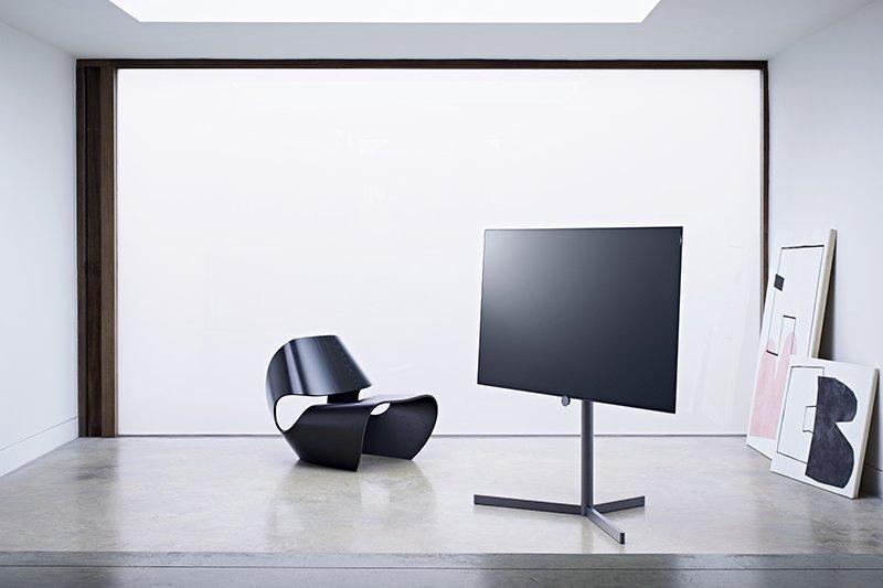 Televisie kijken in nieuwe dimensie, Loewe, televisie, luxe televisie, exclusieve televisie, domotica, exclusieve domotica, the art of living