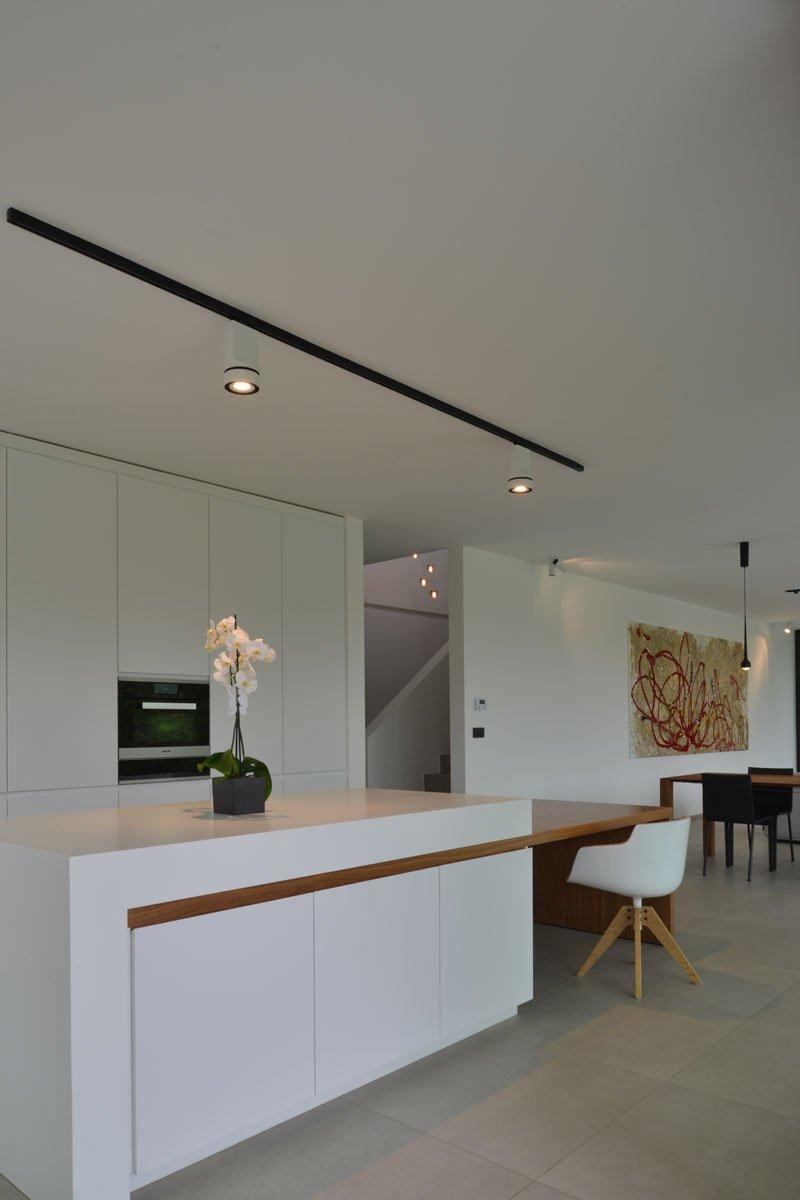 Strakke Houten Eettafel.Houten Tafel Keuken Affordable Top Koop Meubels Wit Zwart Moderne