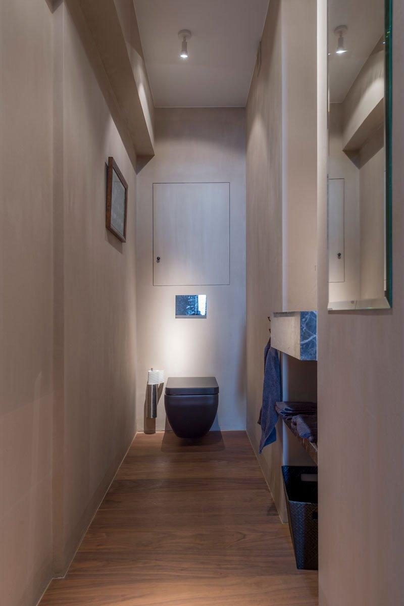 Van Den Weghe realiseerde de Emperador Dark ook in het toilet, Klassiek & Romantisch, Bernard de Clerck