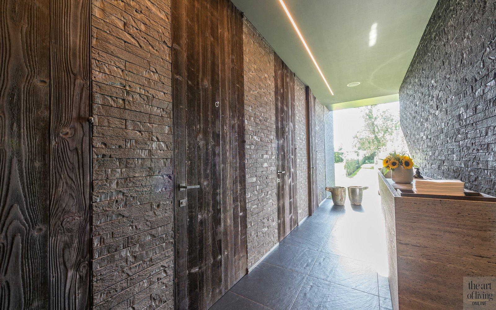 Vilvordit keramische teges, Vloeren Franssens, Restaurant Hertog Jan, Deleu – Styling Decor, barnwood