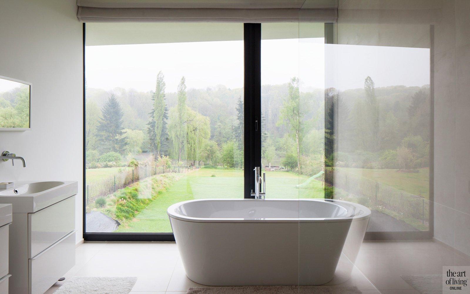 Badkamer, vrijstaand bad, uitzicht, Hervé vanden Haute