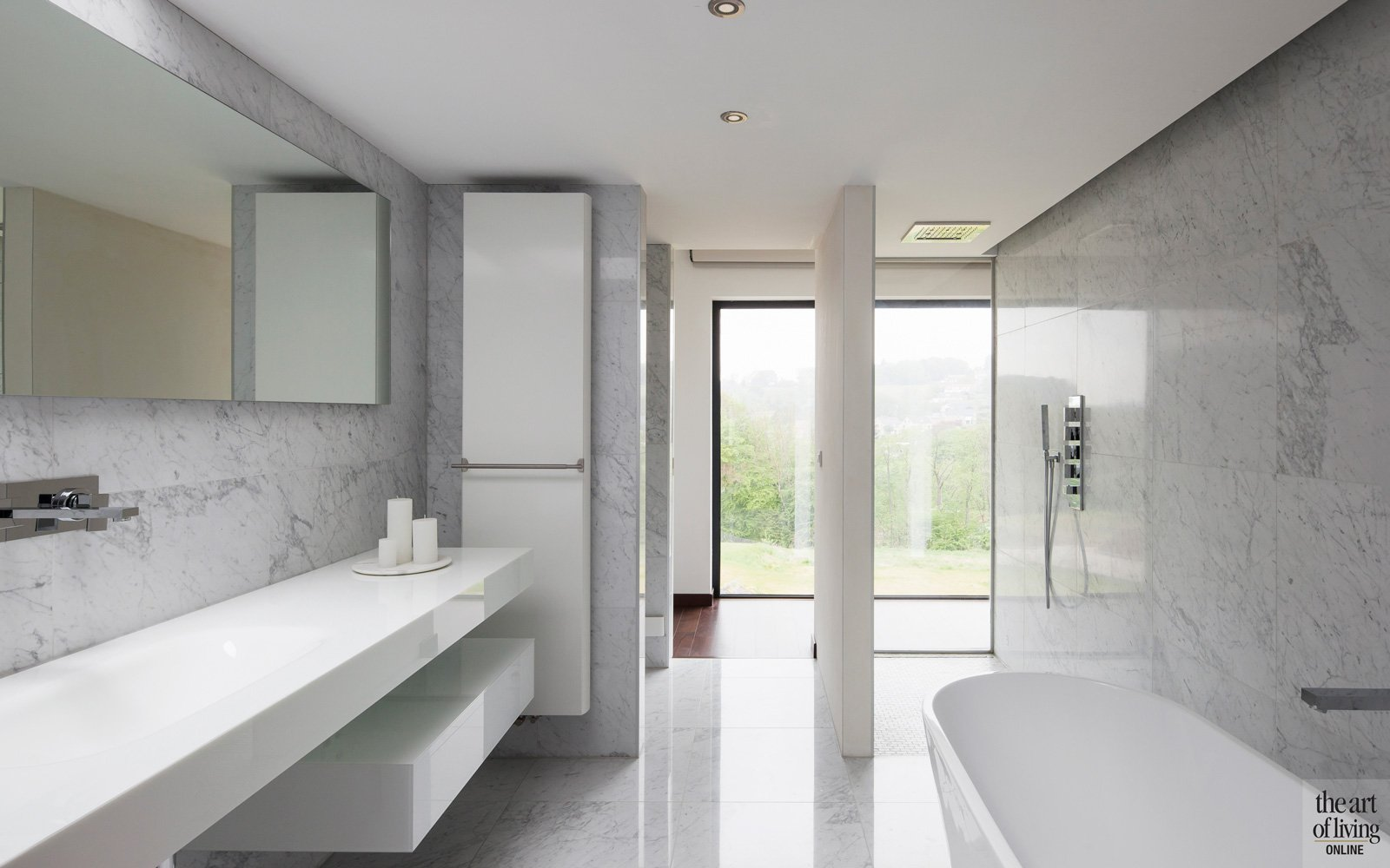 Badkamer in wit marmer