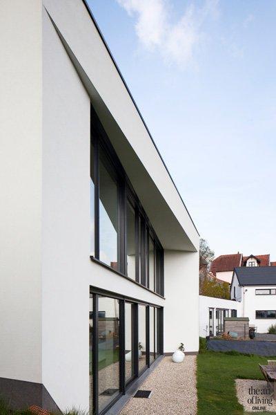 Minimalistisch Compacte woning, Hervé vanden Haute voorgevel
