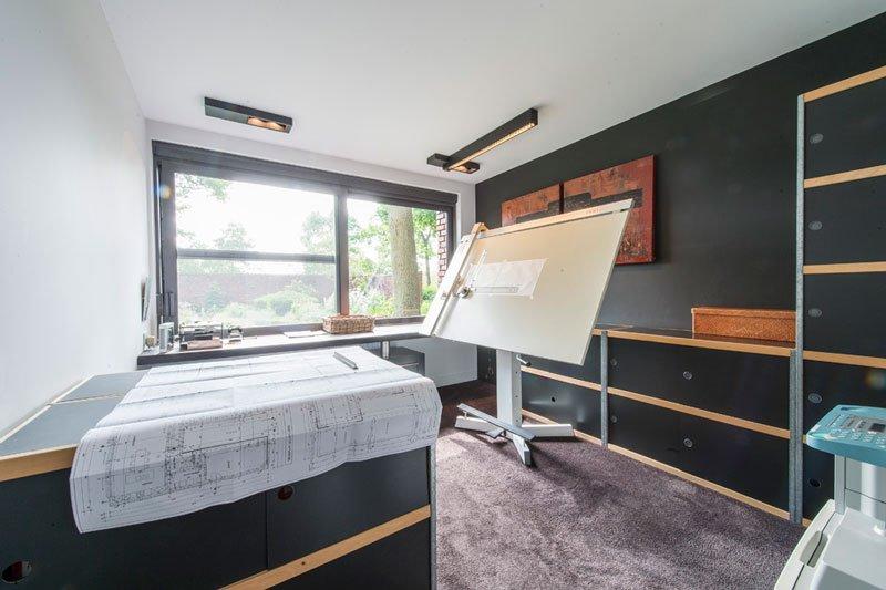 Kantoor aan huis, home office, tapijt HV Interieur, open ruimte, BVV Architecten, hedendaagse villa