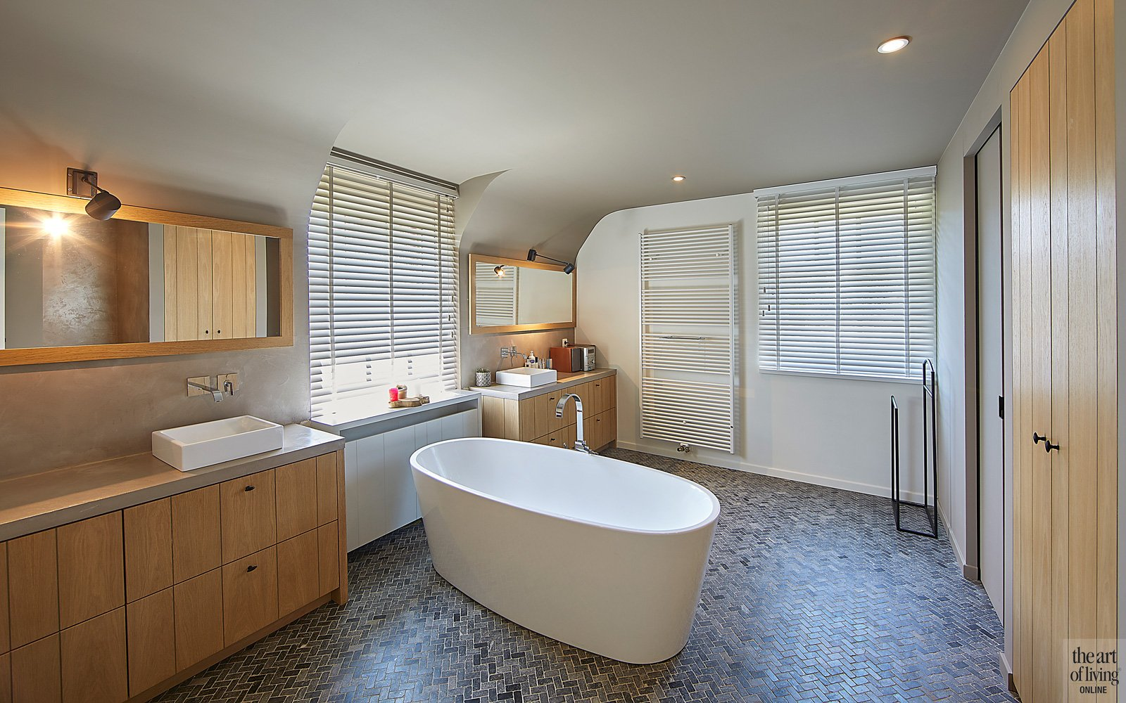 Badkamer, Vermeulen & Zonen, sanitair, vrijstaand bad, hout maatwerk