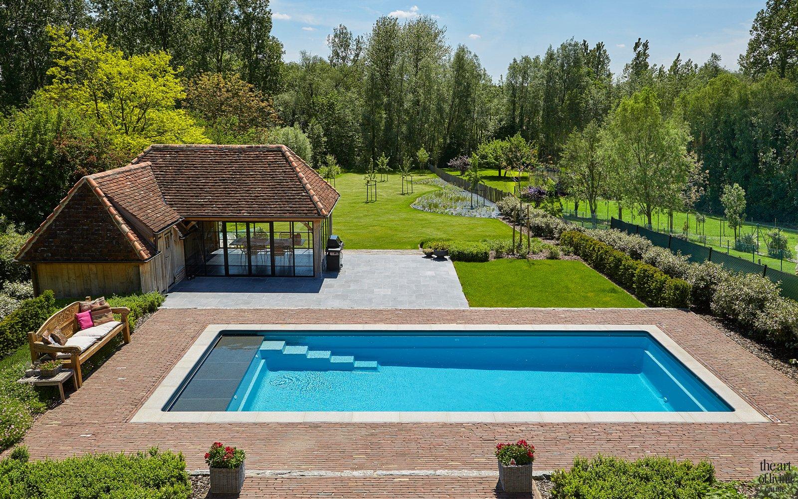 Zwembad, Leisure Pools, poolhouse, eikenhout, tuin UNITAS