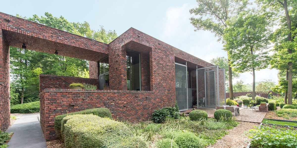 Hedendaagse villa bvv architecten the art of living be for Hedendaagse architecten