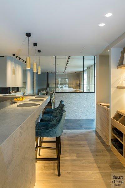 De stalen ramen en deuren van Pieter van Damme combineren modern en klassiek, Restaurant Chaflo & Co, Bouw-iD