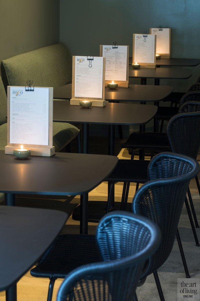 Interieur door Cazelle, warme tinten, meubilair door Astranova, Restaurant Chaflo & Co, Bouw-iD