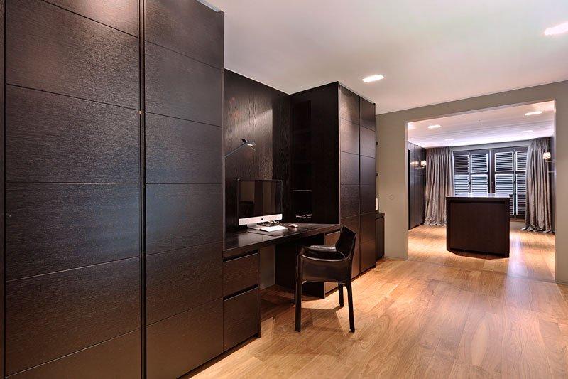 Slaapkamer, bureau, houten kast, houten vloer, klassieke villa, Bart François