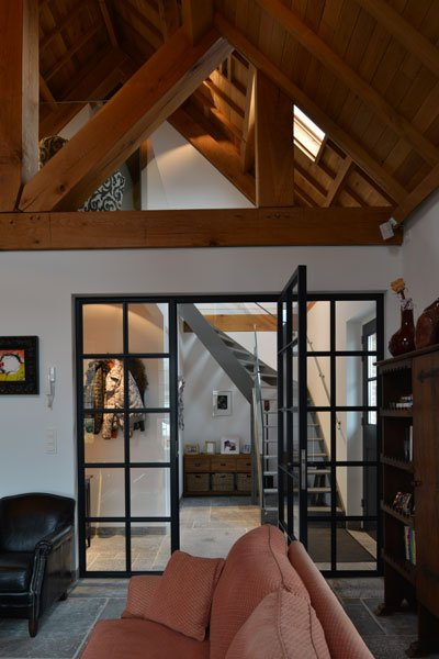 Aluminium kozijnen, Van iersel kozijnen, ruimtelijk, houten balken, woonkamer, gastenverblijf, modern, VVR Architecten