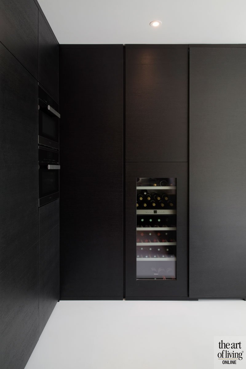 Maatwerk keuken, Stylmar, wijnkoeling, ruime villa, HC Demyttenaere