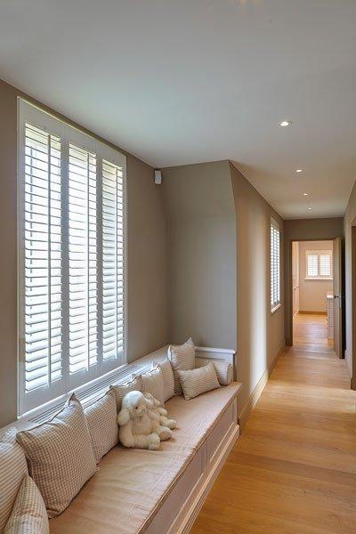 Hal, houten vloer, shutters, Jasno, Engelse cottage, Bart François