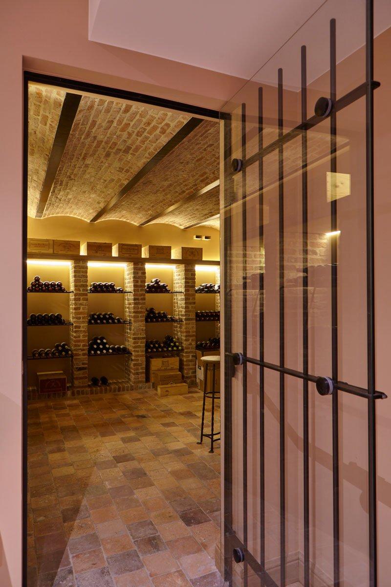 Wijnkelder, kelder, Vandaele Construct NV, stalen deur, Engelse cottage, Bart François