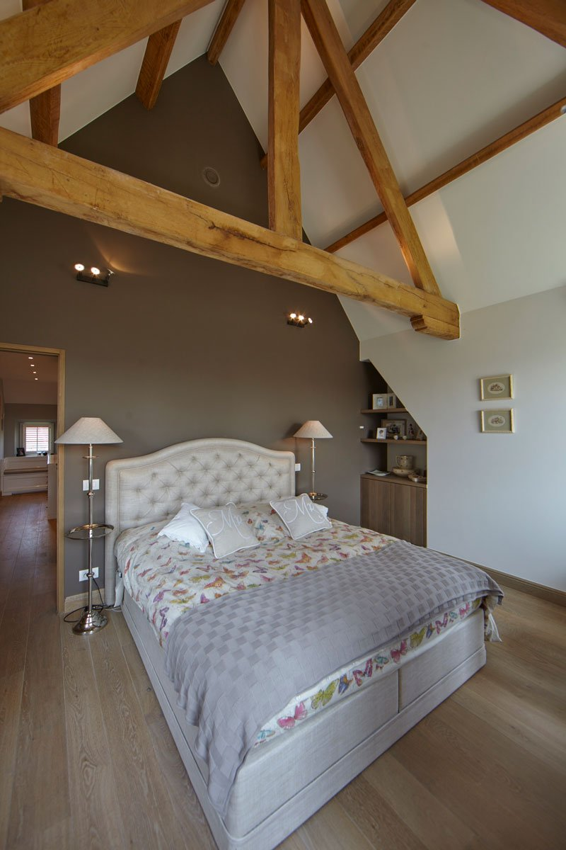 slaapkamer houten balken natuurlijke materialen authentiek engelse cottage bart franois