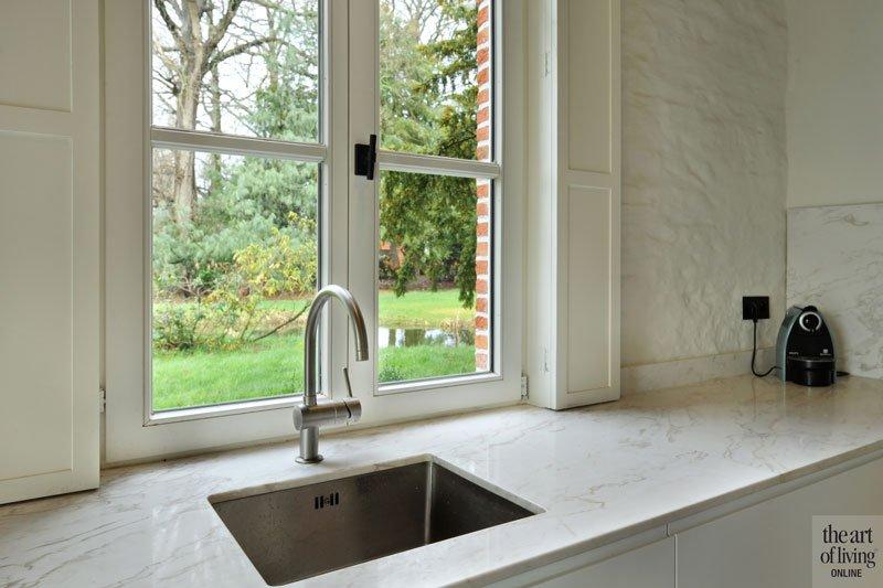 Aanrecht, keuken, maatwerk, natuursteen, Tomstone, oud koetshuis, Michiel van Raemdonck