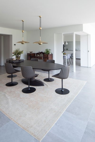 Woonkamer, Meynen Interieurarchitectuur, ovalen tafel, renovatie, p.ed architecten