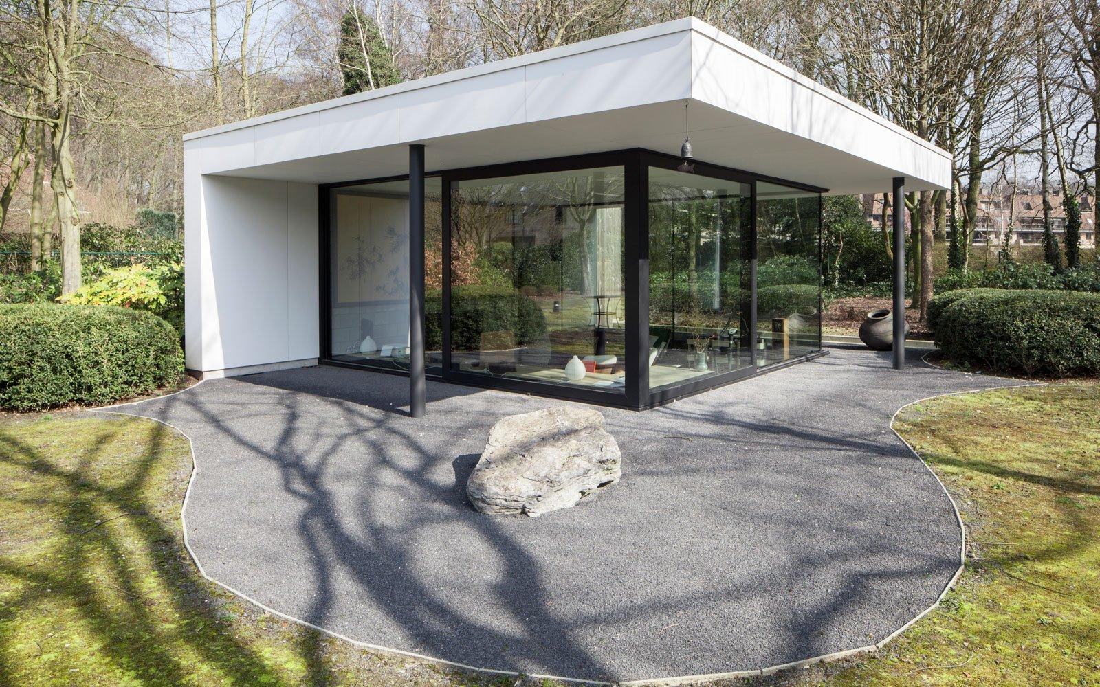 Bijgebouw, glas, grote ramen, schrijnwerk, tuin, renovatie, p.ed architecten