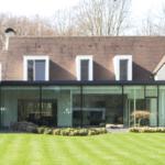 p.ed architecten, hedendaagse villa, futuristische villa, villa, groten glazen pui