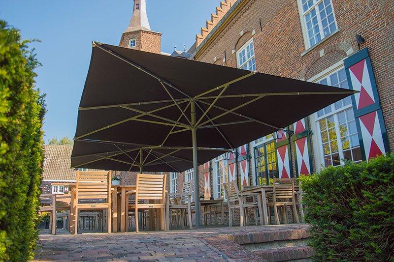 Solero Parasols, Kasteel Maurick, zonbescherming, zweefparasol, luxe parasols, the art of living