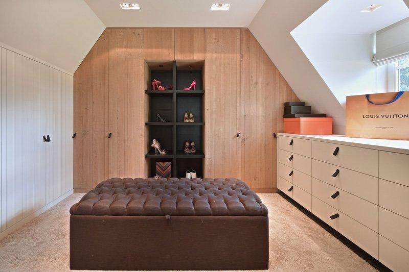 Slaapkamer, inloopkast, master bedroom, dressing, kledingkast, maatwerk, landelijk, strak, Jurgen Weyne