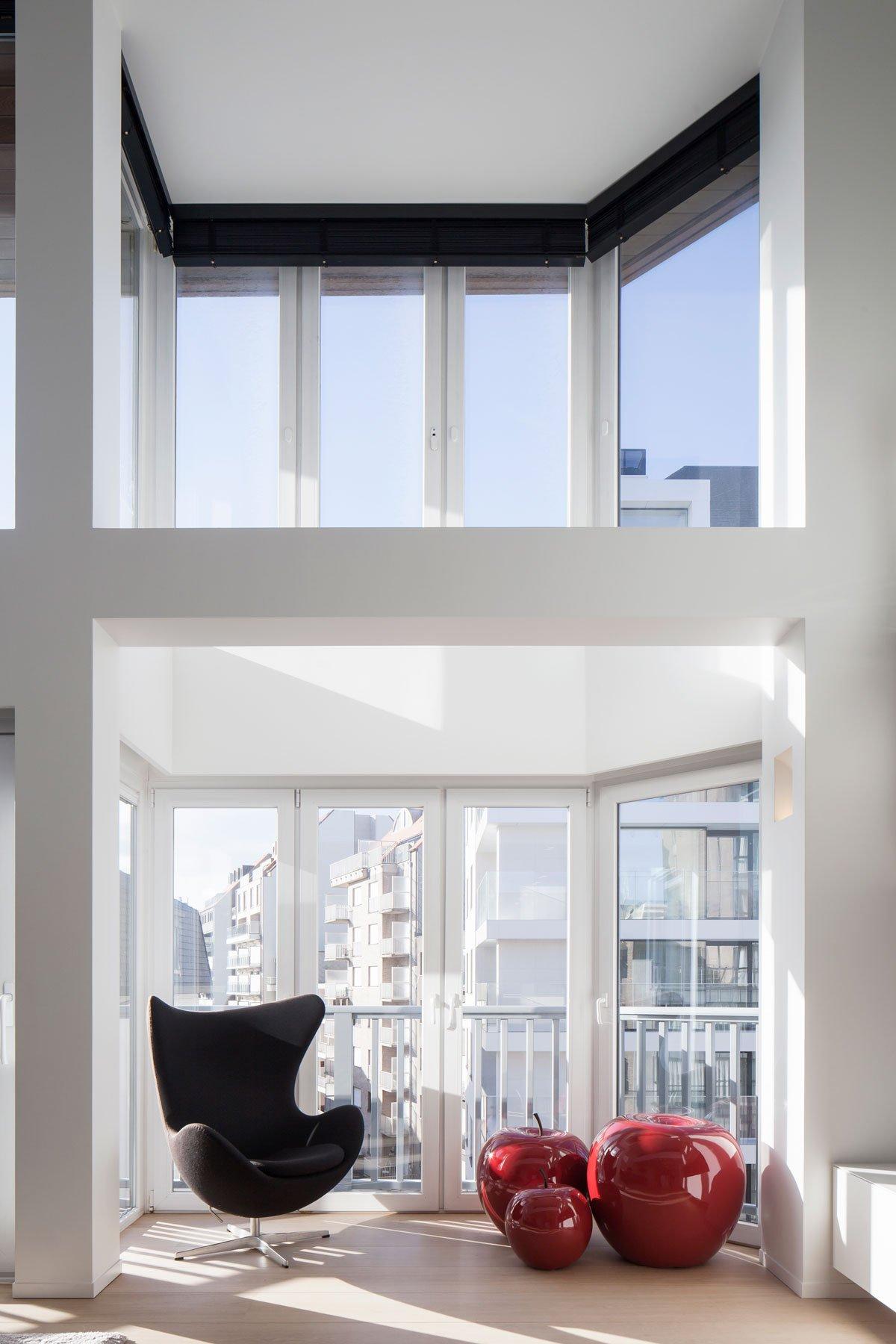 Appartement, uitzicht, grote ramen, RR interieur, meubilair, Knokse duplex, Stephan Gunst