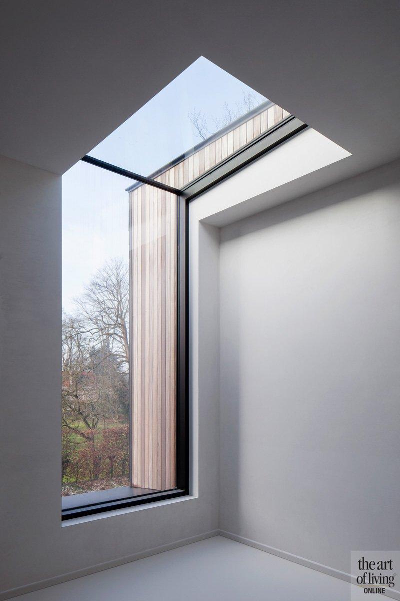 Moderne woning, ruimtelijk, lichtinval, grote ramen, natuurlijk licht, sfeervolle woning, Hulpia Architecten