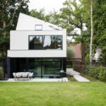 Villa,Hedendaagse villa, halfopen woning, futuristisch design, icoon.be, frederik de smet