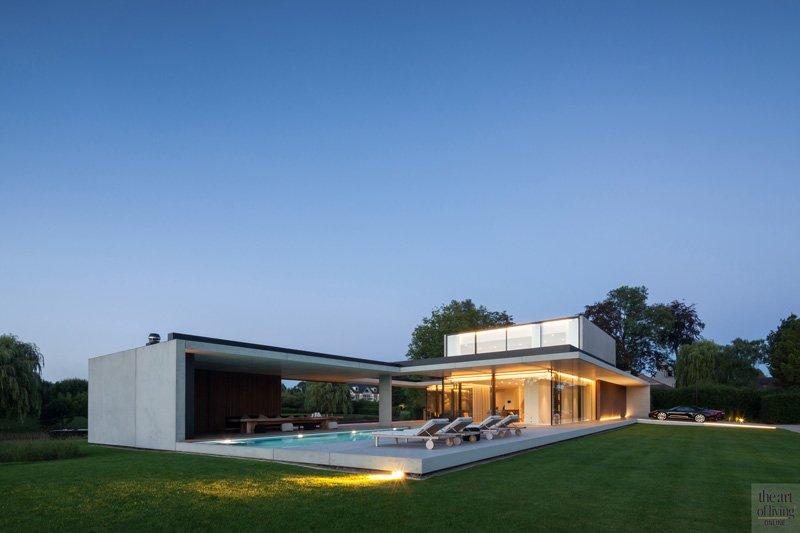 Tuin, landschapstuin, Frederiek Snaet, futuristische woning, Meubili, Betonal, Stone West, Bob Monteyne, zwembad, Govaert en Vanhoutte Architects