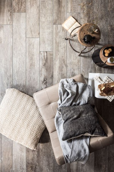 Wonen op hout | Houten vloeren, Woodstone, VT wonen, Douglas & Jonges