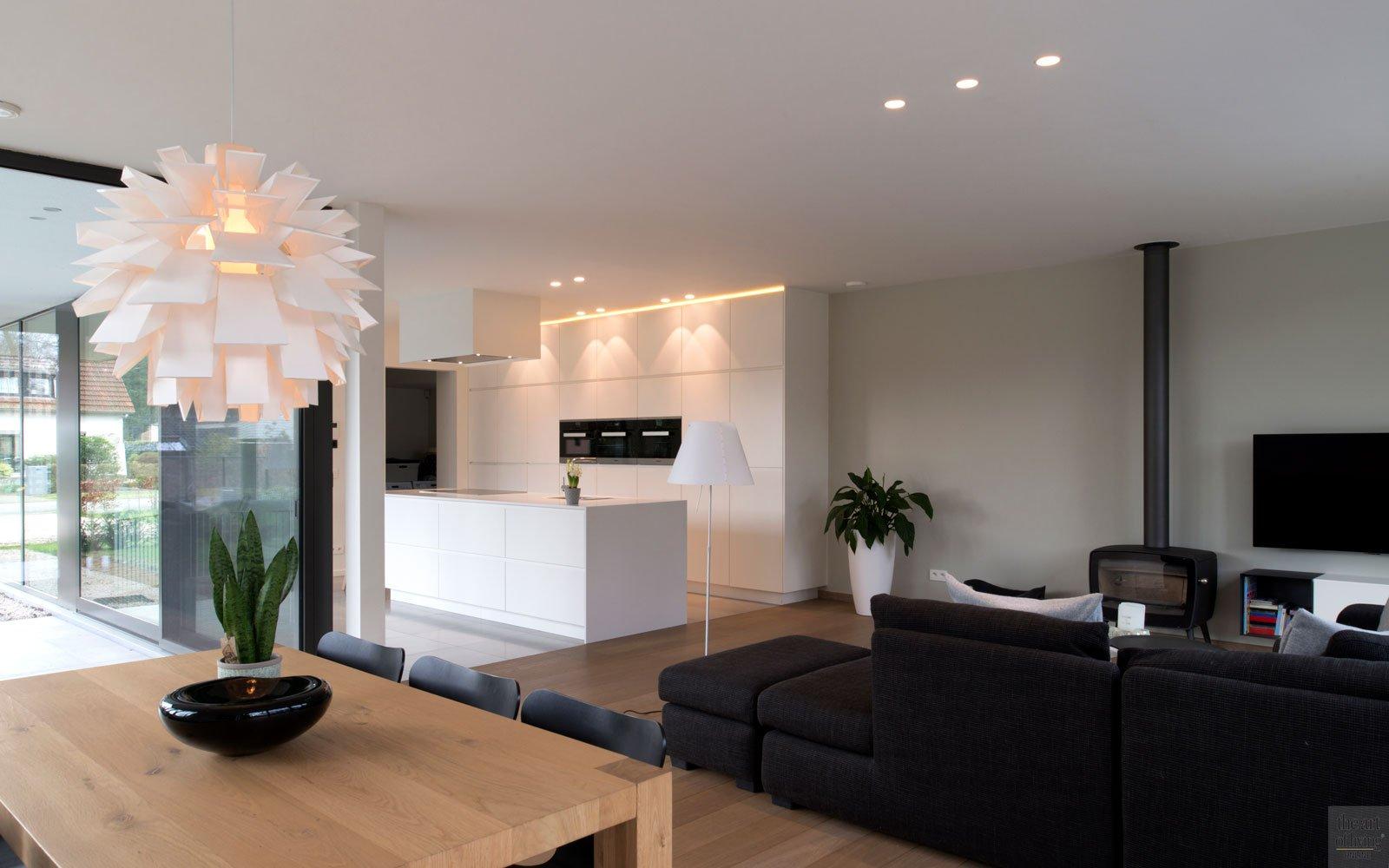 Keuken, woonkamer, open, verbinding, ruimtelijk, moderne villa, Leers & Partners