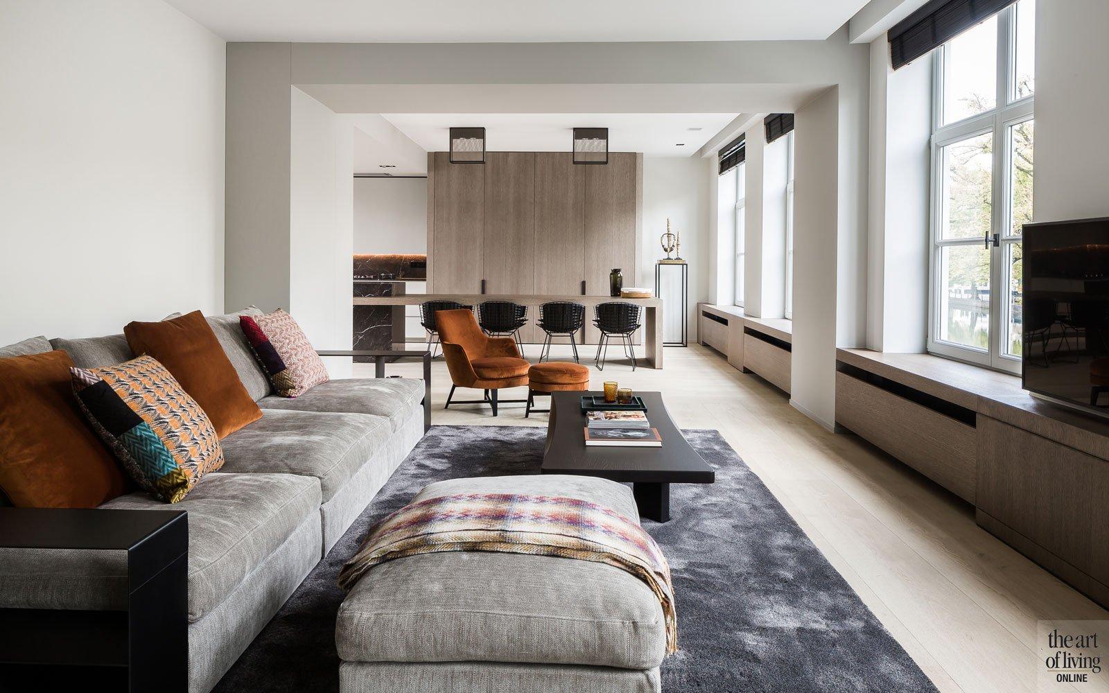 Woonkamer, living, eerste verdieping, Classo, De Coene, zithoek, renovatie, herenhuis, JUMA architects