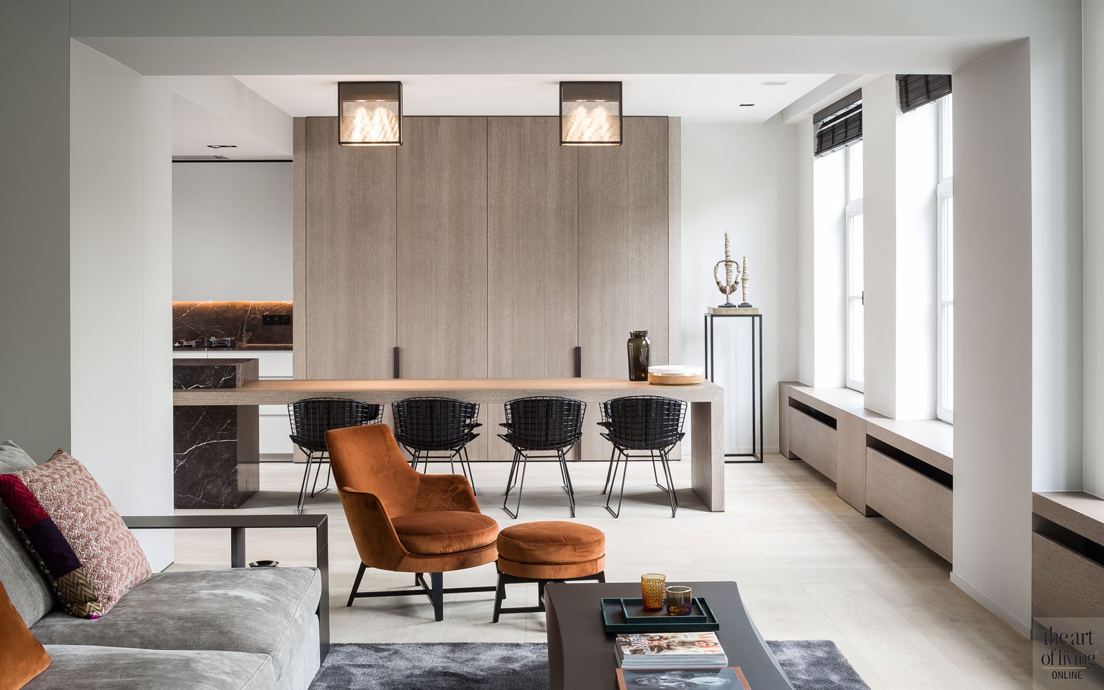 Woonkamer, keuken, open ruimte, eerste verdieping, living, parket, houten vloer, Corvelyn NV, herenhuis, renovatie, JUMA architects