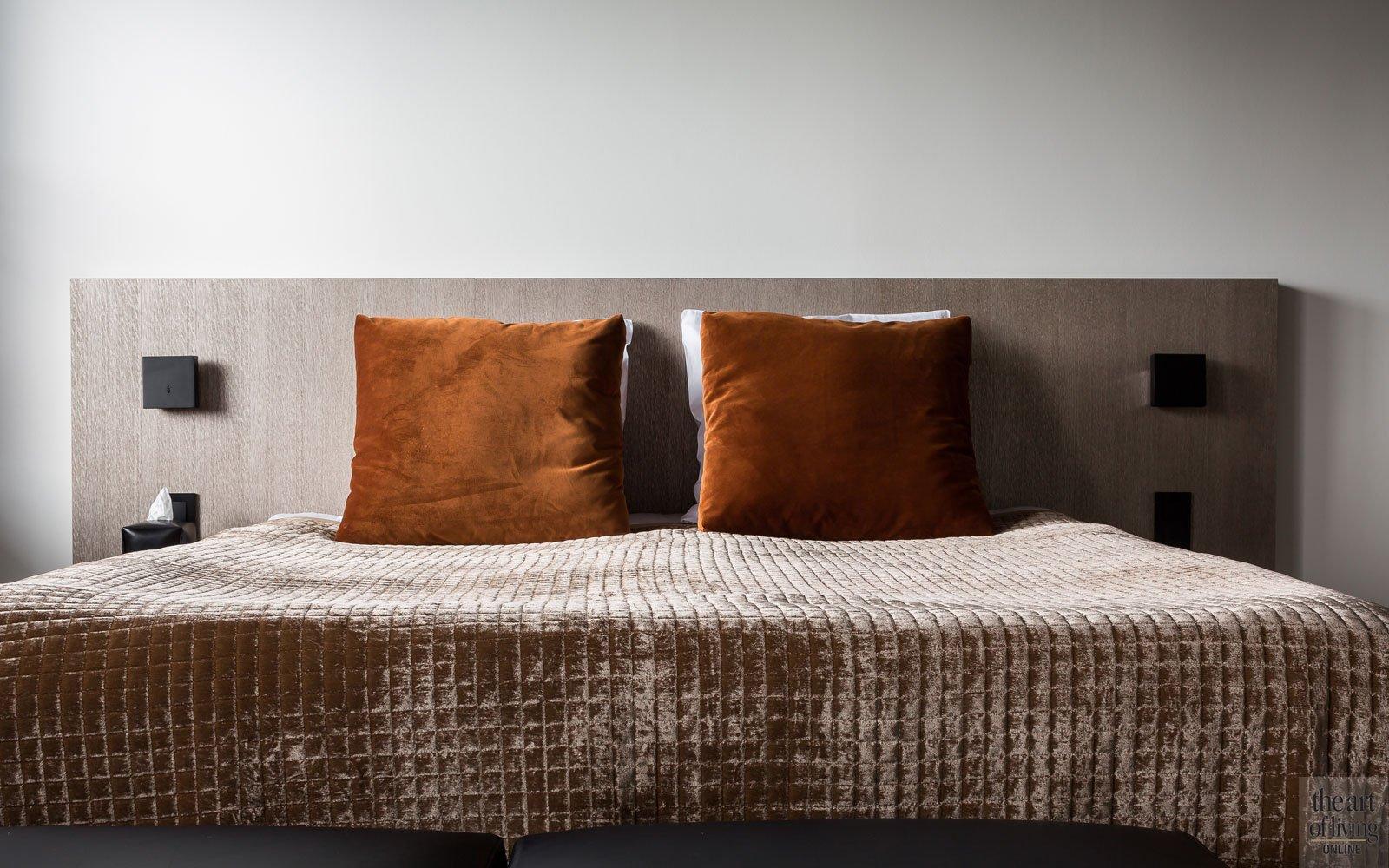Slaapkamer, master bedroom, bed, loftslaapkamer, renovatie, herenhuis, JUMA architects