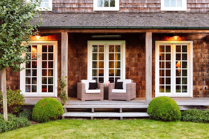 Buitenleven, overkapping, vlonder, tuinmeubelen, Amerikaanse stijl