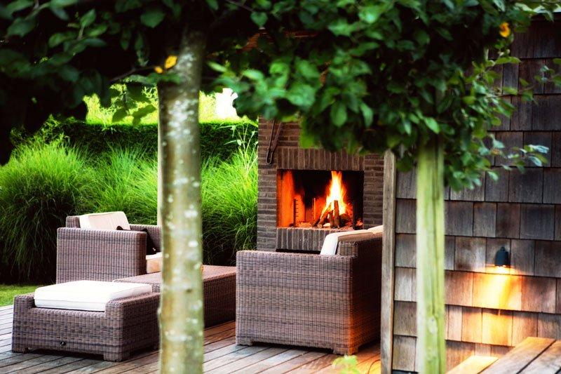 Terras, buitenleven, open haard, buitenhaard, tuinmeubelen, Amerikaanse stijl