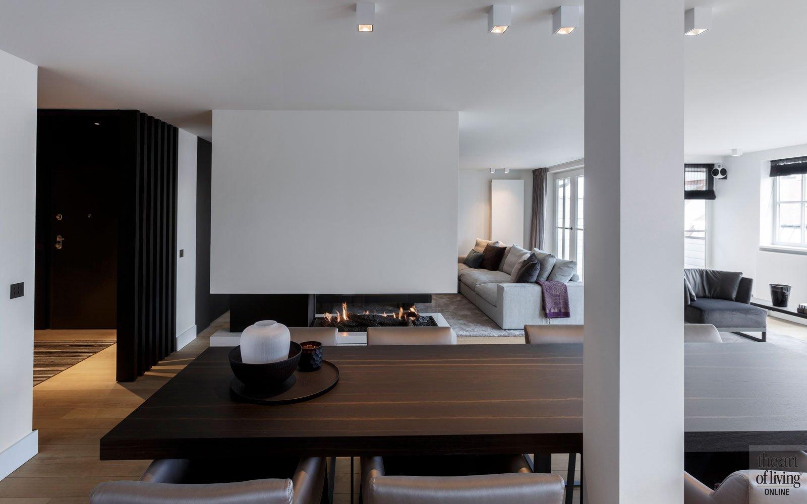 Woonkamer, keuken, verbinding, open haard, zwevende haard, modern appartement, DesignbyAnke