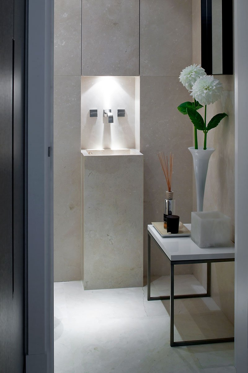Badkamer, wastafel, kraan, sanitair, riante villa, Leeflang Architectuur