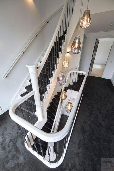 Trap, houten trap, balustrade, eyecatcher, Machinaal Timmerbedrijf Van der Linden, jaren 30 villa, Marco Daverveld