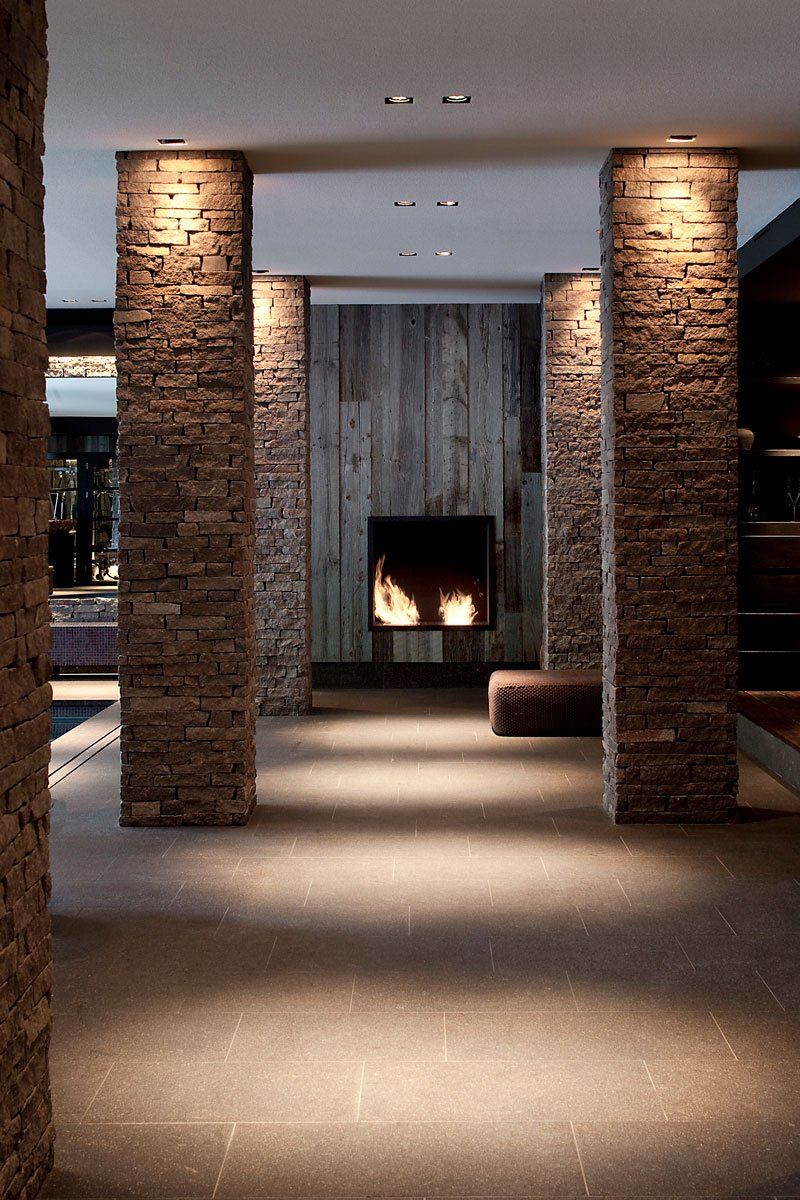 Wellnessruimte, souterrain, open haard, Boley, sfeervol, natuurlijke materialen, riante villa, Leeflang Architectuur