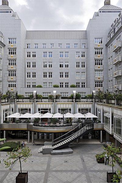 Solero Horeca Parasols bij Steigenberger Hotel in Brussel