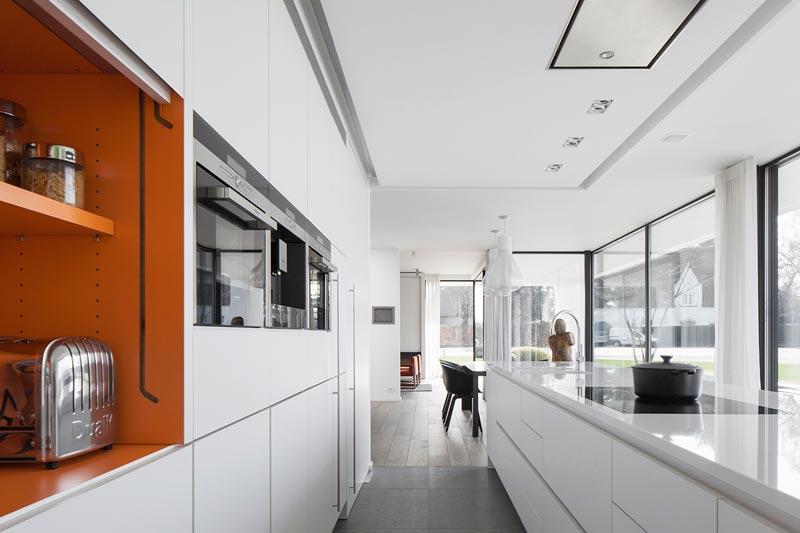 Philip Simoen, oude hoeve, renovatie, marmer, exclusief interieur, interieurontwerper, the art of living online
