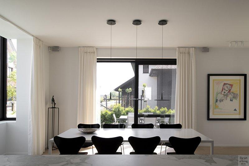 Arcas, Residentieel wonen, Eetkamer, Eettafel, Stoelen, Raampartij, Gordijnen, Design, Interieur