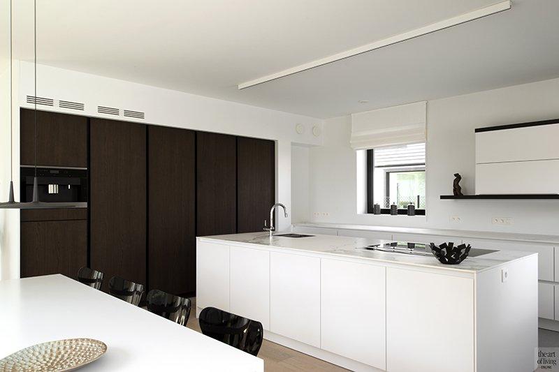 Arcas, Residentieel wonen, Eetkamer, Eettafel, Stoelen, Raampartij, Gordijnen, Design, Interieur, Keuken, Kookeiland,