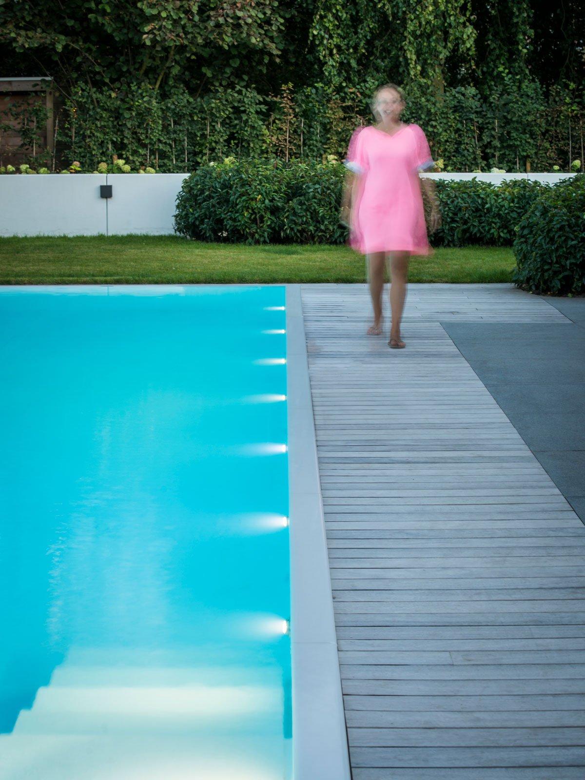 zwembad tuin, 't groene plan, the art of living, tuinaanleg, zwembad, poolhouse, loungeset