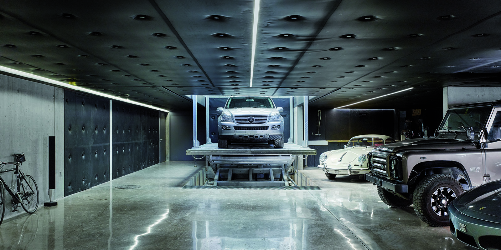 CARDOK, The secret car park, autolift, lift, auto's, mercedes, porche, volvo, automatisch
