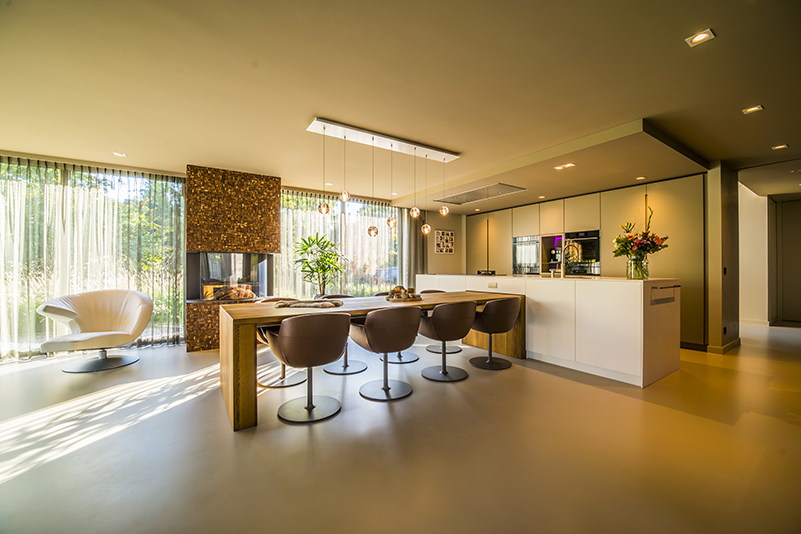 exclusieve gietvloer, moderne villa